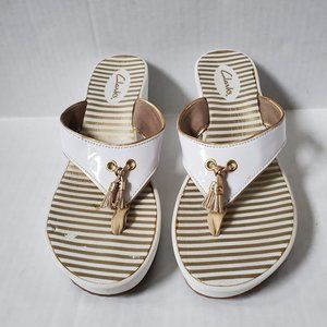 Clarks Yacht Flash Wedge Sandals White Gold 8